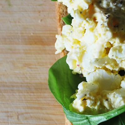 Sandwich à la salade d'œufs